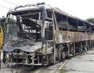 Xe giường nằm bốc cháy, 40 hành khách thoát nạn gang tấc