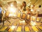 Giá vàng tiếp tục tăng sau phiên đấu thầu ế ẩm