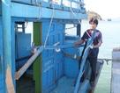 Tàu cá Bình Định bị tàu lạ đâm ở Trường Sa