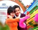 """Bạn trẻ Đà Nẵng """"khoe dáng"""" với hoa Xuân"""