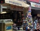 Ế ẩm, cửa hàng vàng bán thêm... giày dép