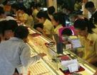 Giá vàng trong nước lại nới rộng khoảng cách với thế giới