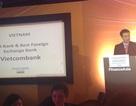 """Vietcombank nhận giải thưởng """"Ngân hàng có Bảng cân đối vững mạnh nhất năm 2013"""""""
