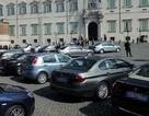 Italy thu gần một triệu euro tiền bán đấu giá xe công