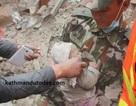 Nepal: Em bé 4 tháng tuổi sống sót kỳ diệu dù bị vùi lấp do động đất