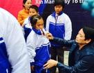 LienVietPostBank trao quà từ thiện cho bà con huyện nghèo Xín Mần