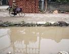 """Hà Nội: Người dân khốn đốn vì đường biến thành """"ao"""" suốt 3 năm"""