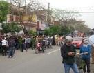 Người dân vây ôtô của người hành hung học sinh vi phạm giao thông