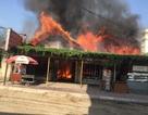 """Vụ cháy rụi 3 ngôi nhà ở Hải Phòng: """"Không hiểu sao gọi 114 bị nghẽn"""" (?)"""