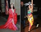 """Ngôi sao U70 hóa thân thành nữ hoàng, Lady Gaga """"màu mè"""" xuống phố"""