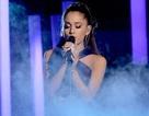 Phần trình diễn xúc động của Ariana Grande tại Grammy lần thứ 57