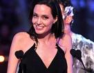 Angelina Jolie thấy mạnh mẽ hơn sau những biến cố cuộc đời