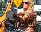 """Britney Spears để lộ """"vòng hai"""" nhăn nhúm"""