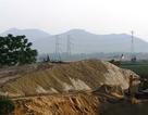 """Bài 5: """"Không khắc phục sai phạm sẽ tước phép doanh nghiệp đào cát sông Bứa"""""""