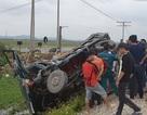 Tàu hỏa đâm xe ô tô tải, 1 người bị thương