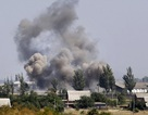 Quân đội Ukraine nã đạn cháy vào nhà dân
