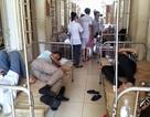 Ngộ độc thực phẩm, hơn 40 người nhập viện