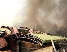 Cháy lớn trong công ty sản xuất ống nhựa