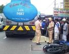 Một thanh niên bị xe bồn cán chết khi đi giao hàng