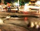 Vỡ ống nước ngầm, đường phố thành sông