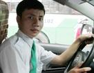 Tài xế taxi trả lại tài sản khách bỏ quên trên xe