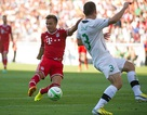 Tân binh Gotze tỏa sáng, Bayern Munich đè bẹp Gyori Eto