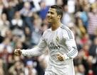 """Lập hattrick, C.Ronaldo """"tàn phá"""" các kỷ lục ghi bàn"""