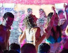 """Thú vị với """"bữa tiệc"""" tắm tập thể ở Hungary"""