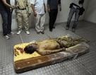 """Lễ chôn cất ông Gadhafi diễn ra """"đơn giản"""""""