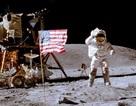 Cờ Mỹ vẫn đứng vững trên mặt trăng