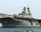 """Siêu hạm """"cõng"""" máy bay tàng hình F-35B đổ bộ tấn công"""