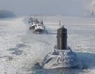 Hình ảnh tàu ngầm TP Hồ Chí Minh vượt băng về Việt Nam