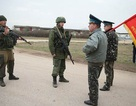 Ukraine: Đối đầu nghẹt thở ở căn cứ không quân Crimea