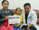 Trao tiếp hơn 27 triệu cho bé 7 tuổi nguy kịch vì suy tủy 3 dòng hiếm