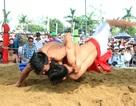 Hấp dẫn lễ hội vật đối kháng cổ xưa 400 năm ở làng Sình
