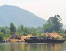 """Thừa Thiên - Huế: Ai """"bảo kê"""" cho doanh nghiệp khai thác cát lậu?"""
