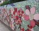 Ngắm kiệt tác gốm sứ trên đê sông Hồng
