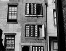 """Ngôi nhà """"mỏng"""" nhất New York rao bán 2,7 triệu USD"""