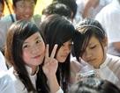 Nữ sinh Chu Văn An xinh xinh trong nắng khai trường