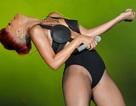 """Nữ ca sỹ ngày càng """"mát mẻ"""" trên sân khấu"""
