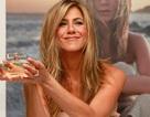 Jennifer Aniston quảng cáo nước hoa mới tại Anh