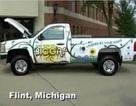 Thêm một chiếc xe chạy bằng năng lượng từ rác thải