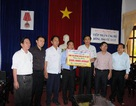 1 tỷ đồng ủng hộ đồng bào bị lũ lụt Nghệ An - Hà Tĩnh