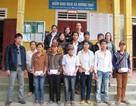 Hà Tĩnh: Tiếp sức học sinh vùng lũ