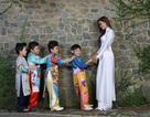 Hoa hậu Diễm Hương xinh tươi trong áo dài trắng