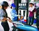 Tăng mức sử dụng Quỹ bình ổn để kìm giá xăng dầu