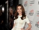 Anne Hathaway nói không với botox và ăn kiêng
