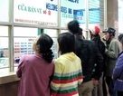 Hành khách lúng túng khi mua vé tàu qua mạng