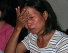 Nỗi đau chồng chất trên vai người mẹ