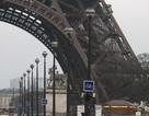 Tháp Eiffel sơ tán khẩn cấp vì cảnh báo bom